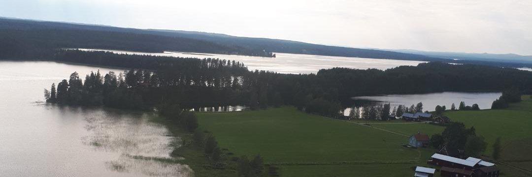 Sunnanhed från ovan med Stortjärn, Lilltjärn och Oresjön 2019